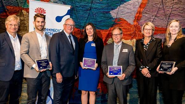 2019 Medical Devices Fund recipients receiving their awards at Parliament House