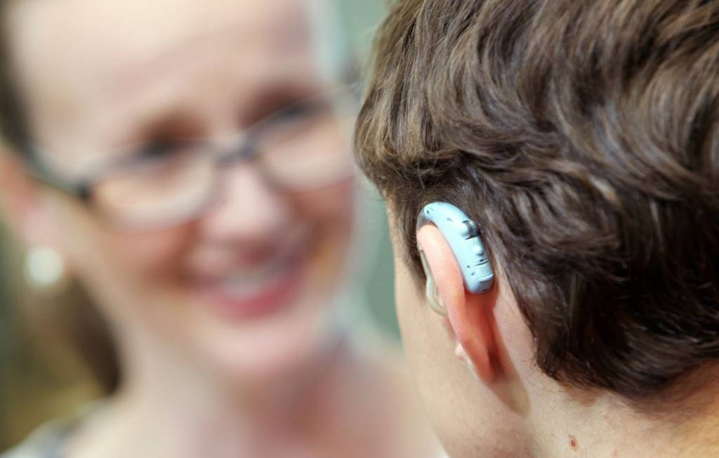 https://www.hearing.com.au/how-to-fix-common-hearing-aid-problems/